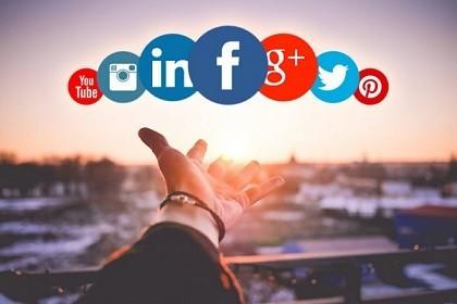 https://www.energycoaching.fr/wp-content/uploads/2020/05/Utiliser-les-réseaux-sociaux-pour-sa-reconversion.jpg